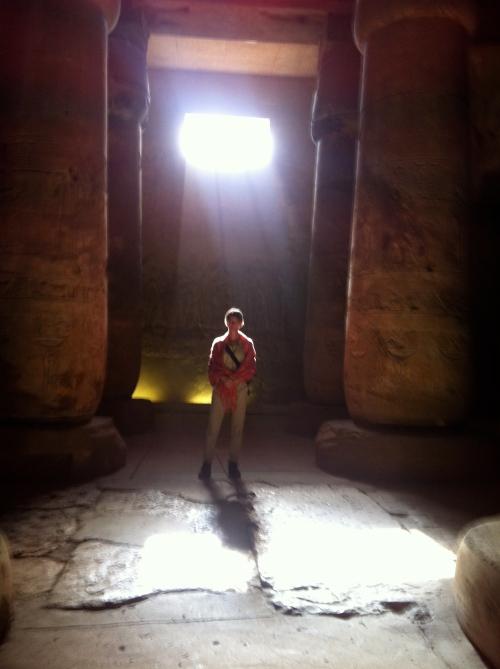 Templet i Abydos. Platsen där Osiris huvud enligt legenden återfanns.
